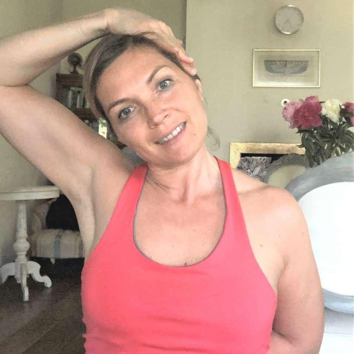 Dolore alla spalla - tensione alle spalle - rimedi pratica yoga